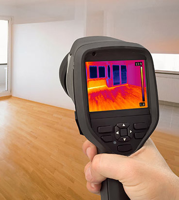 Thermographic testing camera